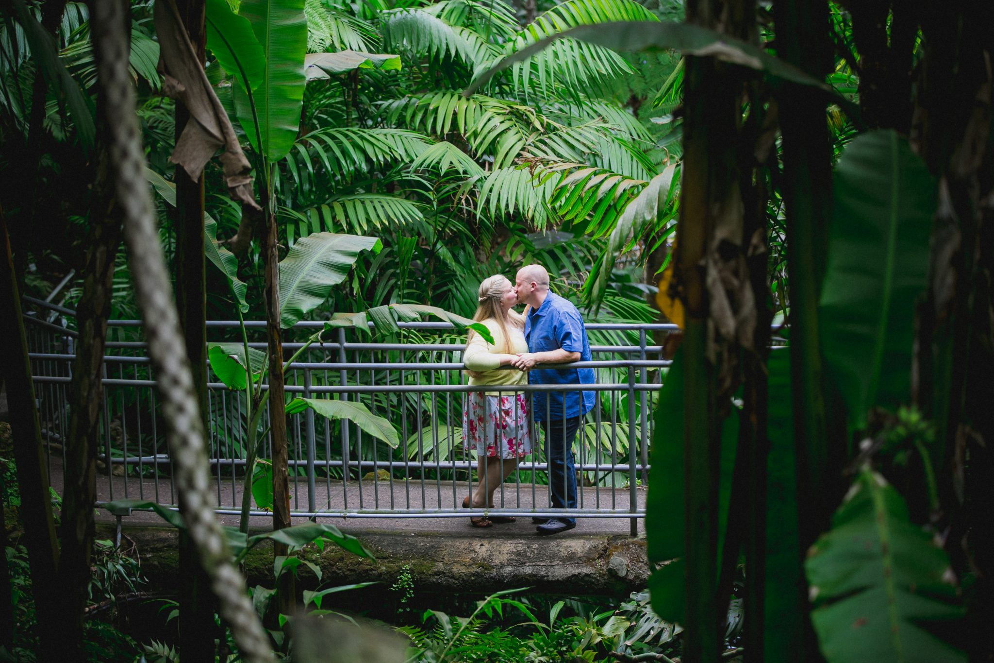 San Diego Zoo engagement shoot with couple kissing